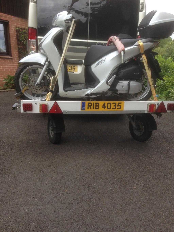 Honda SH125i and Easylift Hydra Trail Img_0012