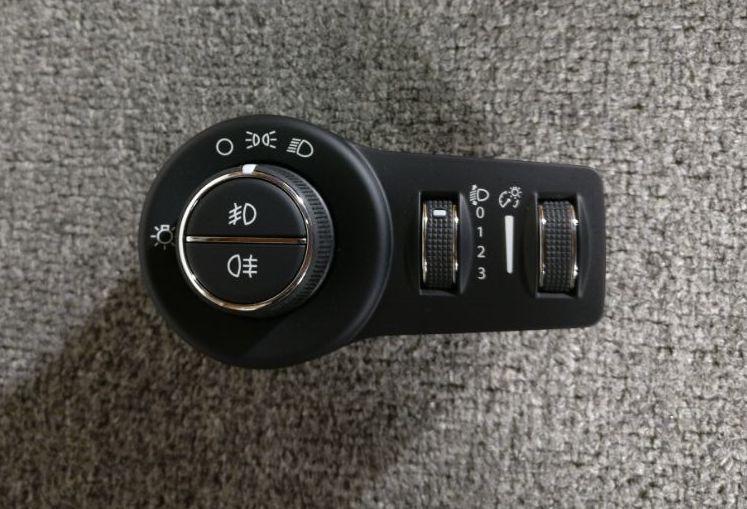 Vendo botão bipartido / shift paddle / tomada USB 20190612
