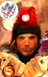 Dougie Poynter - avatars 200x320 pixels - Page 2 Olafed10