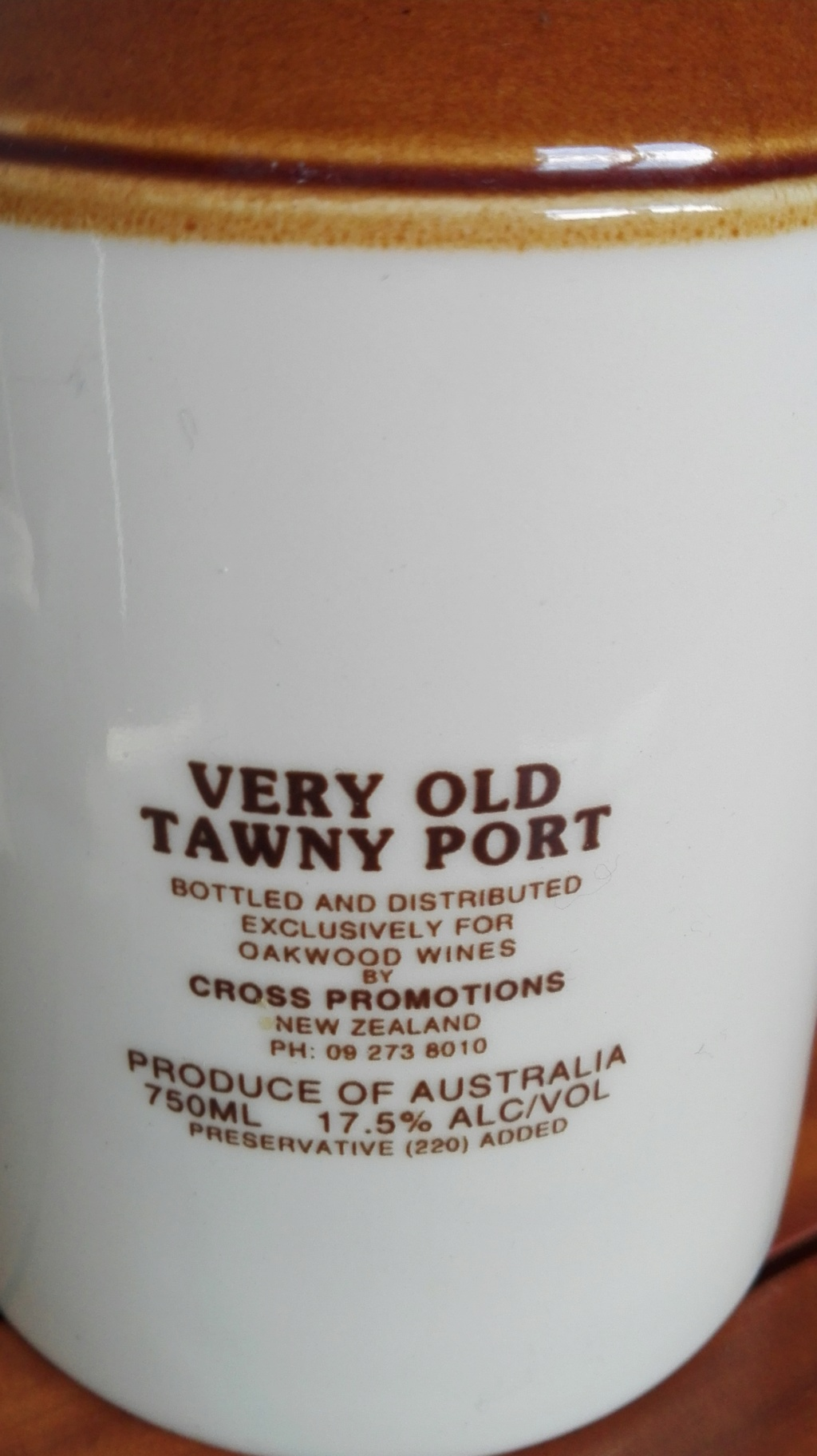 Air New Zealand Link Old Tawny Port Jug Back_p10