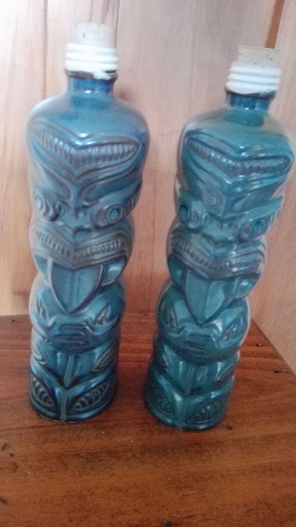 Are these Crown Lynn ?  Yes indeed they are Crown Lynn Ti Toki bottles Maori_10