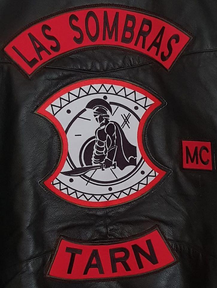 Couleurs des differents clubs de bikers - Page 32 46667110