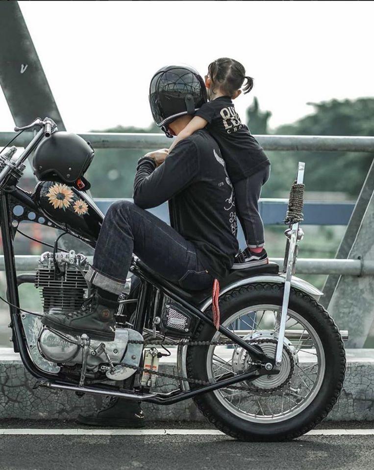Biker et fier de l'être - Page 15 87271810