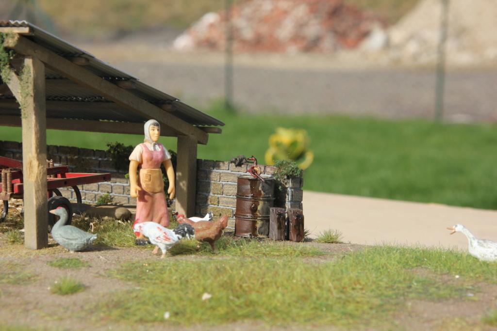 "Diorama ""Je ne reconnais plus personne en Massey Ferguson"" Img_0310"