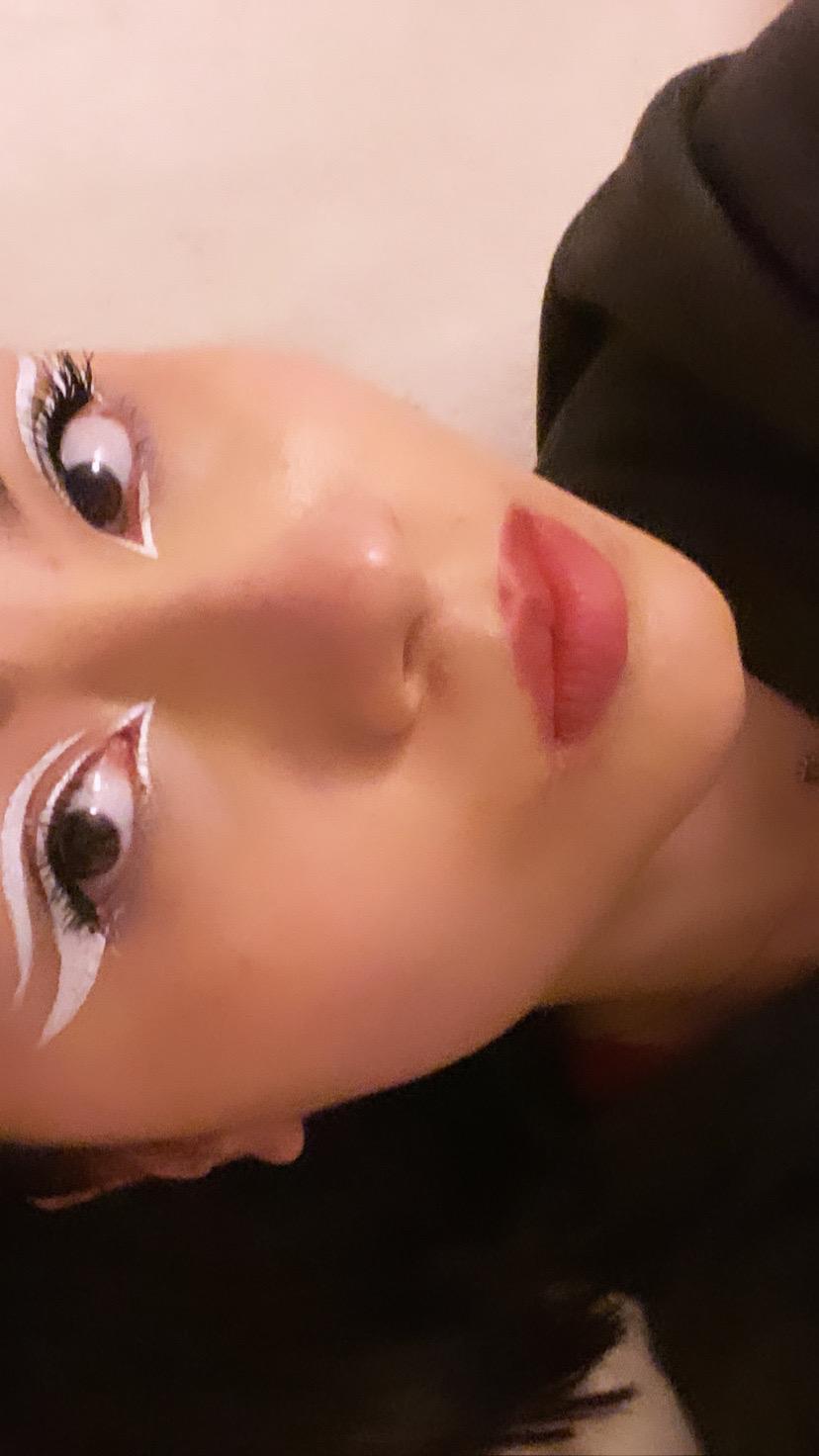 Galerie du maquillage 5cc5f010