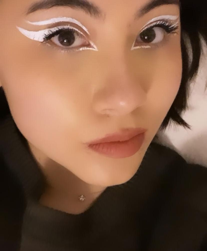 Galerie du maquillage E9d5b510