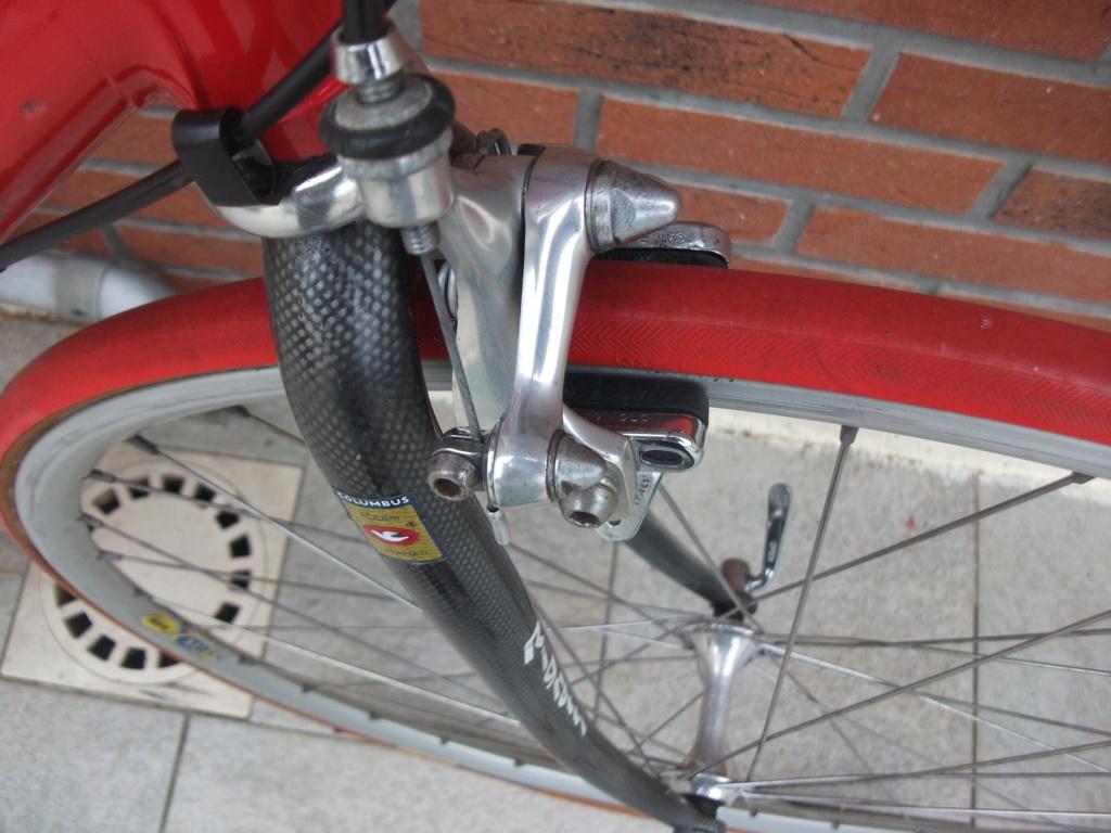 Vélo course MASSI cadre Colombus équipé CAMPAGNOLO Dscf6211