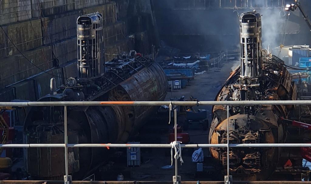 [Autre sujet Marine Nationale] Démantèlement, déconstruction des navires - TOME 2 - Page 15 2021-025