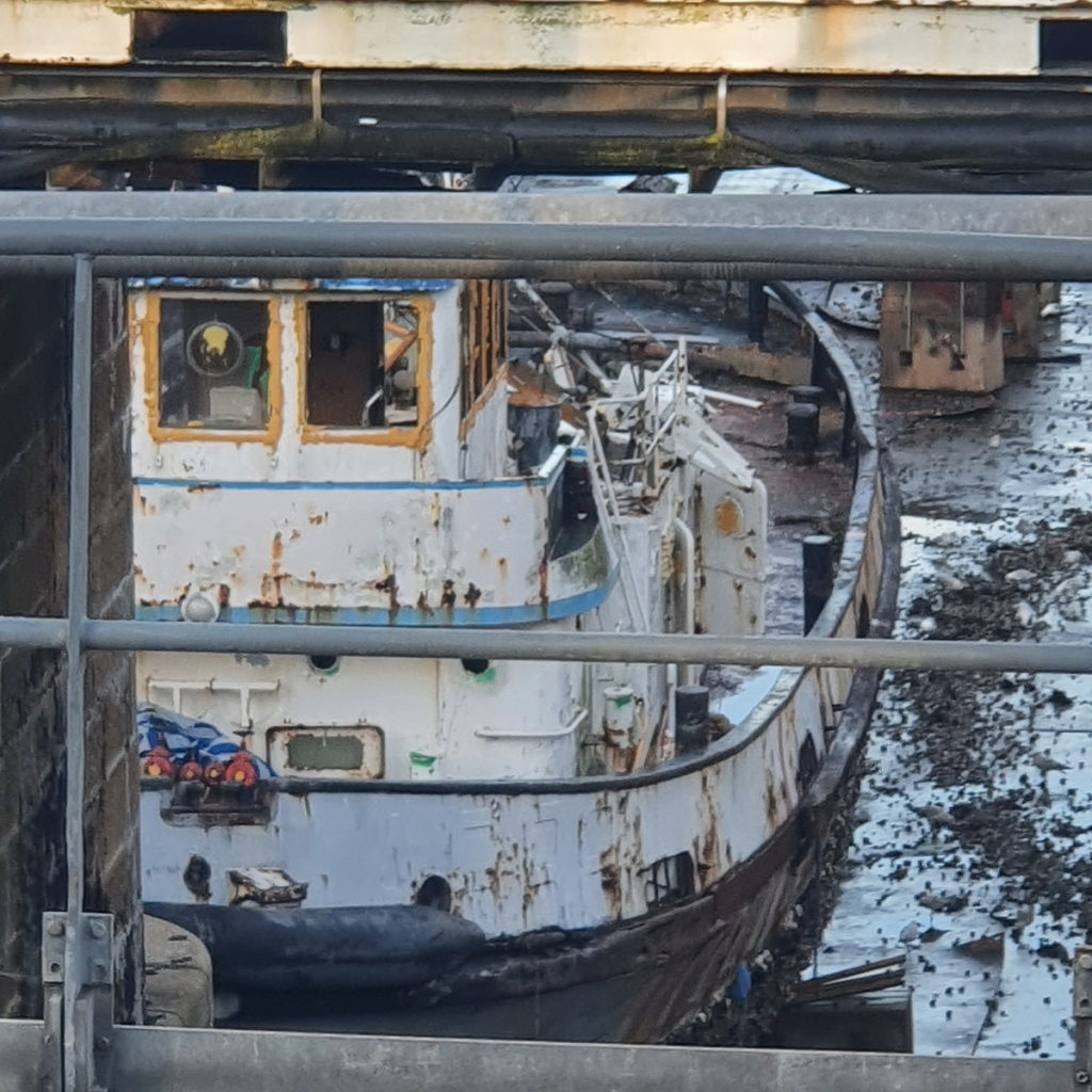[Autre sujet Marine Nationale] Démantèlement, déconstruction des navires - TOME 2 - Page 23 2021-063