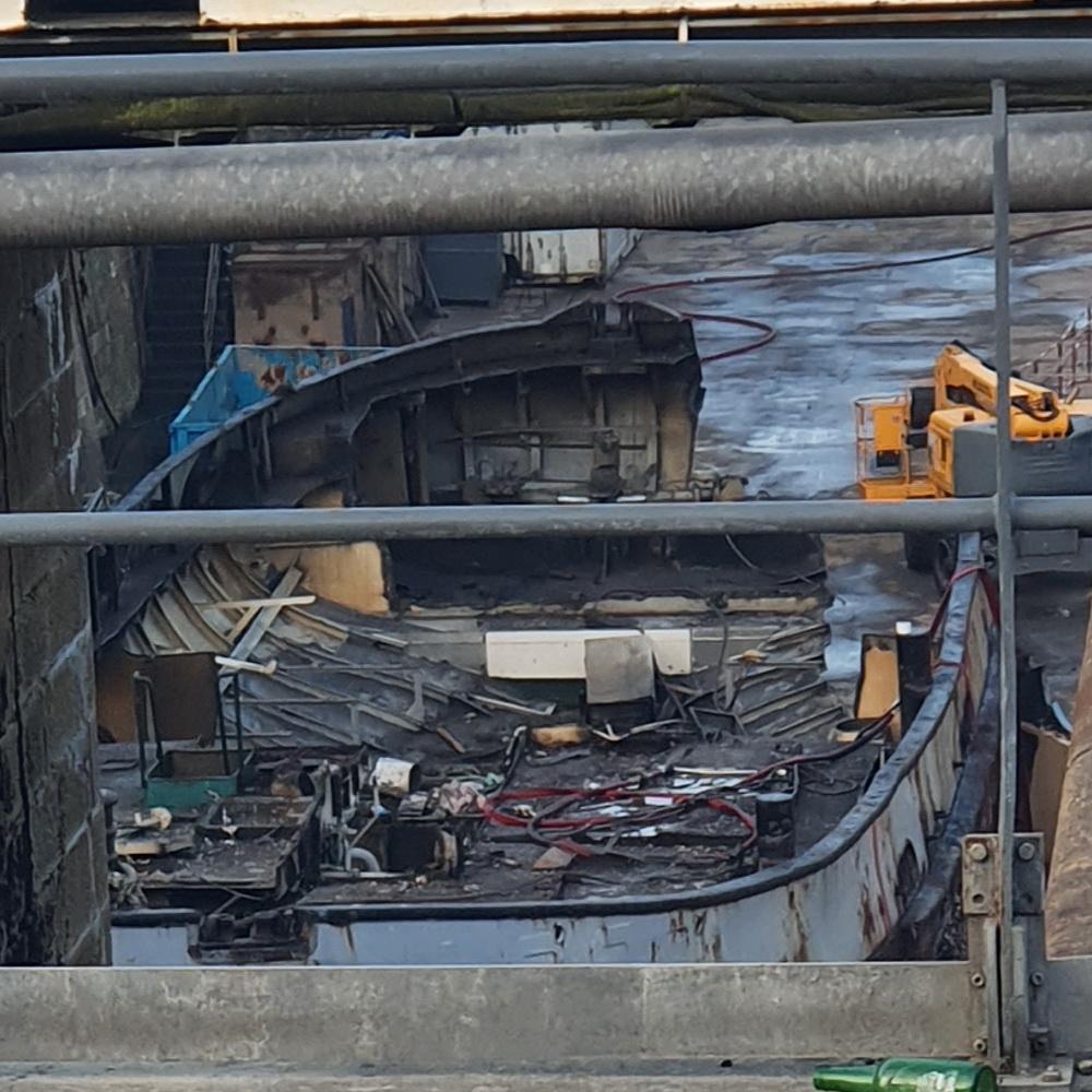 [Autre sujet Marine Nationale] Démantèlement, déconstruction des navires - TOME 2 - Page 24 2021-068