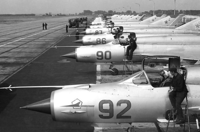 Fate of Russia's old birds. - Page 6 Mig-2114
