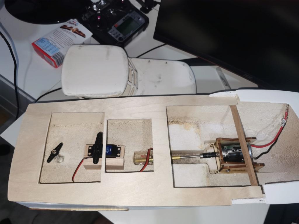 Graupner Chris Craft Constellation Baubericht von Andi Img_2020