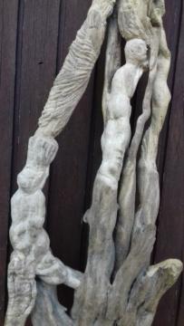 Sculpture sur bois flotte 20200715