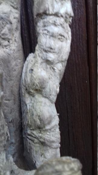 Sculpture sur bois flotte 20200811