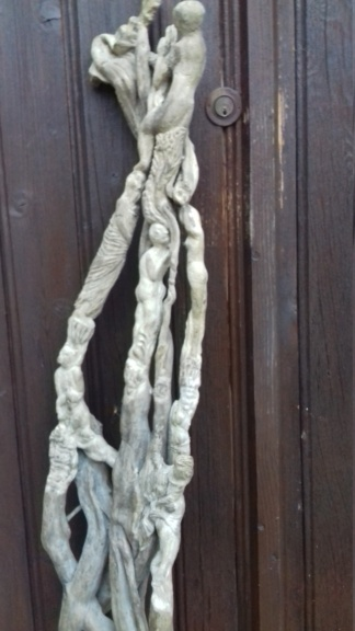 Sculpture sur bois flotte 20200812