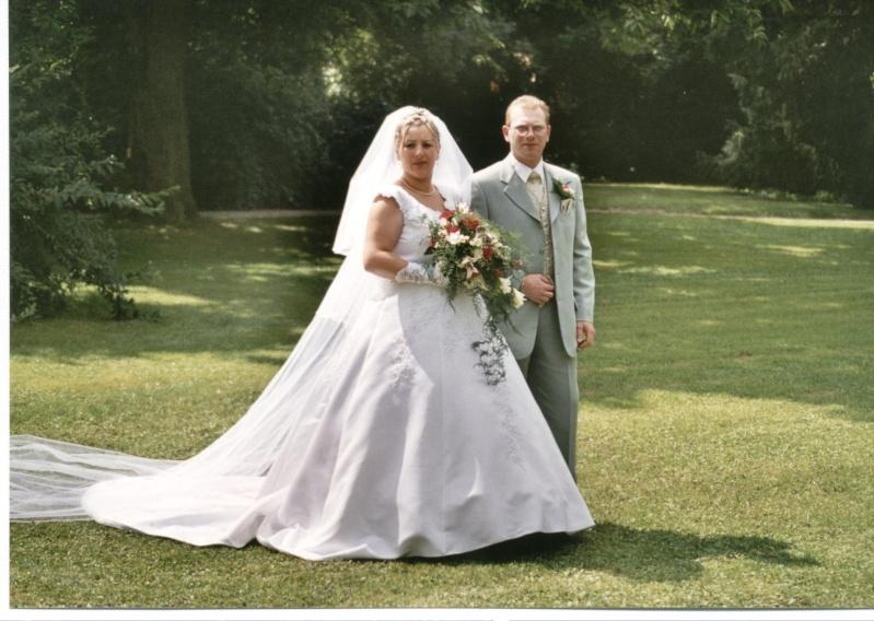 en robe de mariée - Page 7 Photo_10