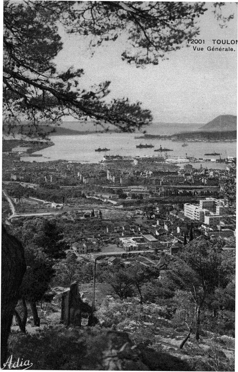 [ Les ports  militaires de métropole ] Toulon des années 30 Img32610