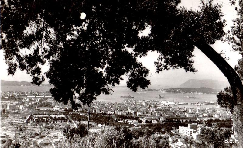 [ Les ports  militaires de métropole ] Toulon des années 30 Img33414