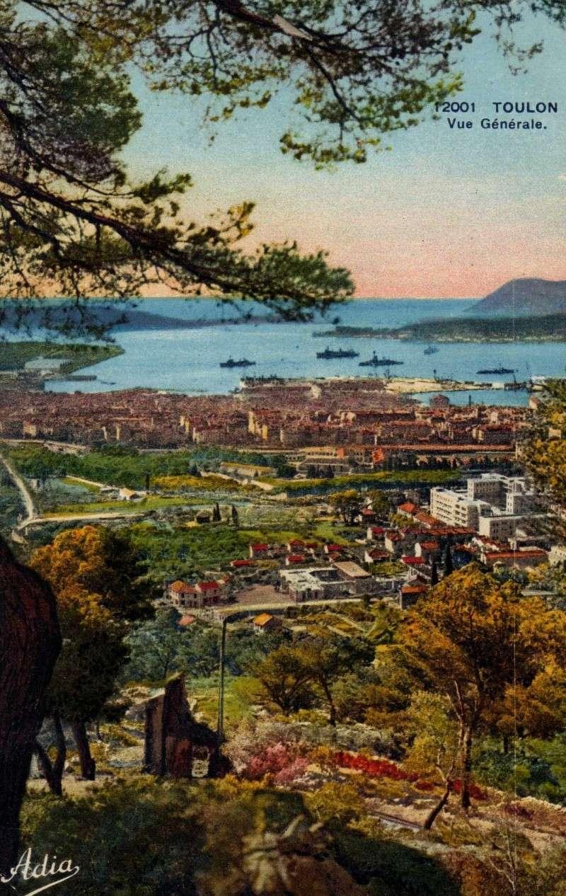 [ Les ports  militaires de métropole ] Toulon des années 30 Img37510