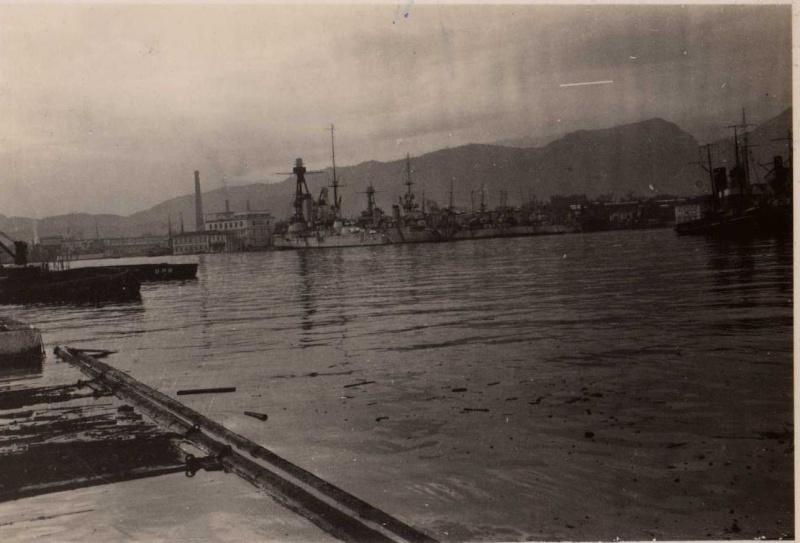 [ Les ports  militaires de métropole ] Toulon des années 30 Rade_t11