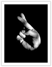 ATTILA 4 ans pinscher moyen  VOIR AUTRE POST - Page 6 Doigts10