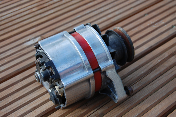Polished alternator Alt_210