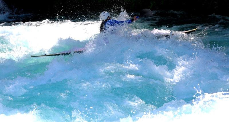 canoé  sur les rivieres .... Calais69