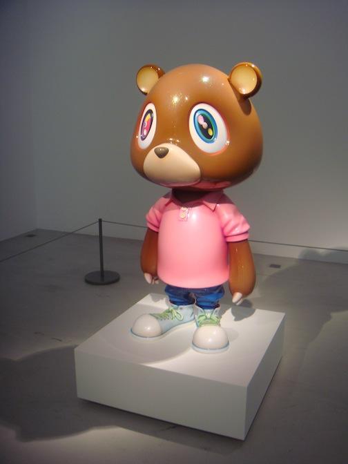 [Peinture, sculpture, vidéo...] Takashi Murakami - Page 5 Dsc02310