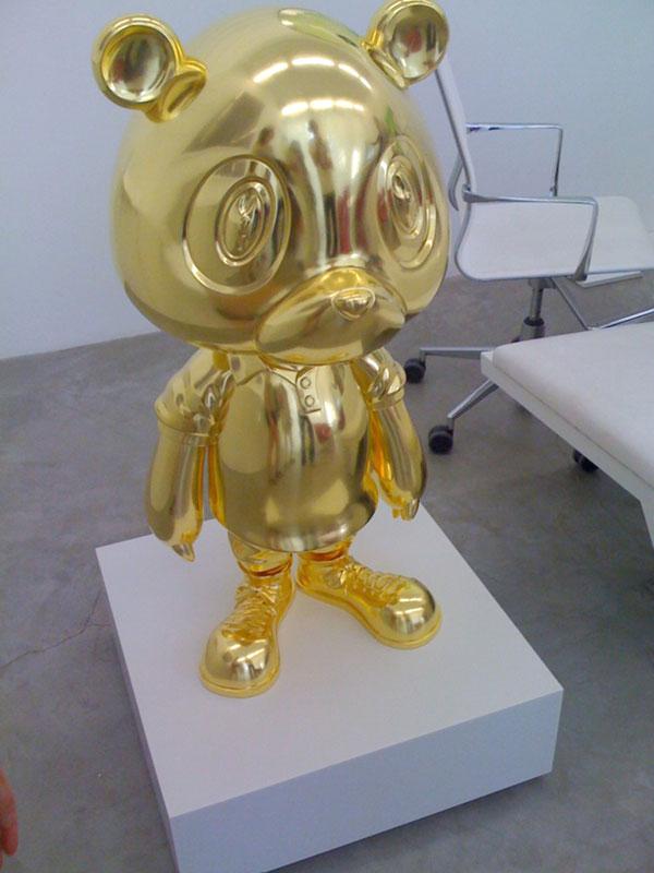 [Peinture, sculpture, vidéo...] Takashi Murakami - Page 5 Kanye-10
