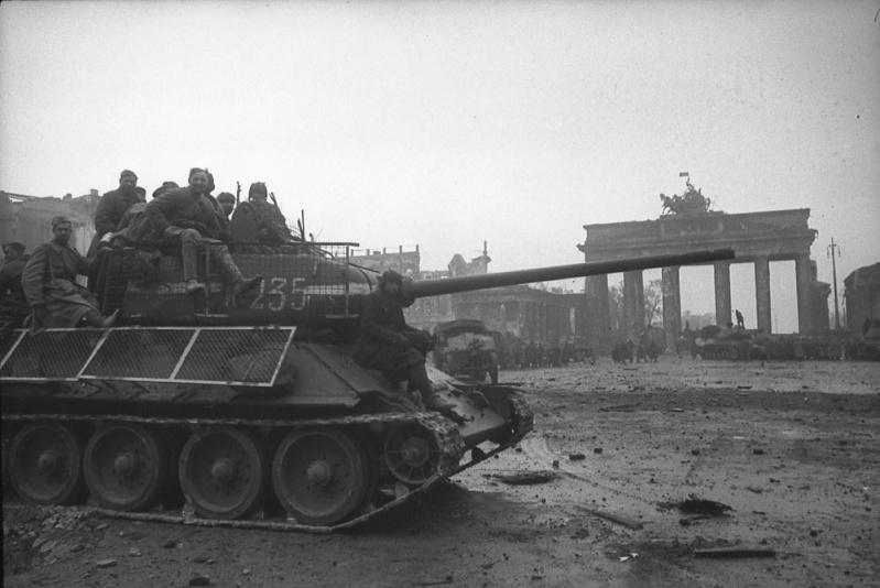 Berlin 1945 B-0110