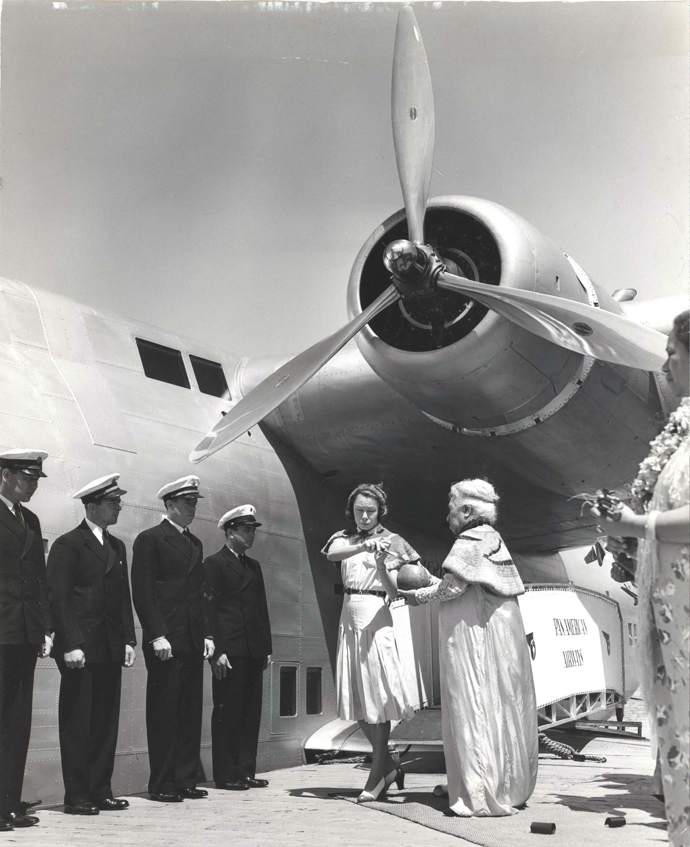 "Boeing 314 ""Honolulu Clipper"" - Page 7 01910"