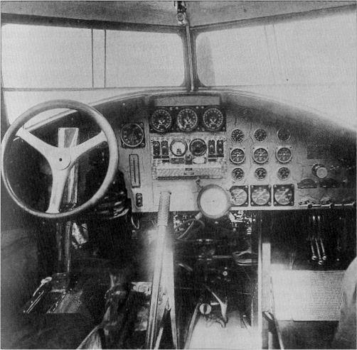 """Couzinet type 71 ARC-5 """"L'avion de Mermoz"""" (1:72, SEM model) - Page 2 1583-a10"""