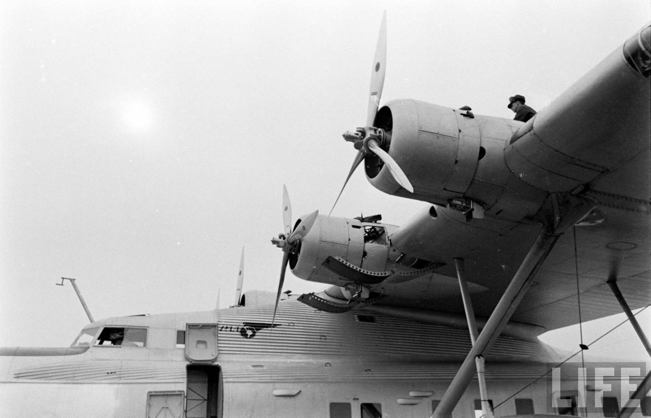 "Boeing 314 ""Honolulu Clipper"" - Page 7 2210"