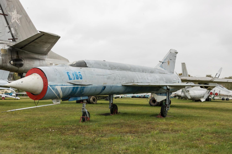 Mikoyan-Gourevitch E-152M  - Modelsvit #72030 - 1/72ème. - Page 2 3110