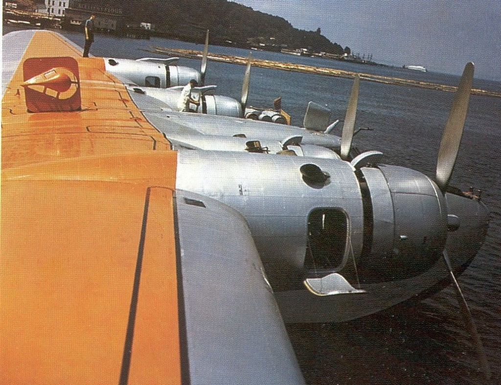 """Boeing 314 """"Dixie Clipper"""" 1939-1950 (/1/144 Minicraft) - Page 5 Boeing26"""