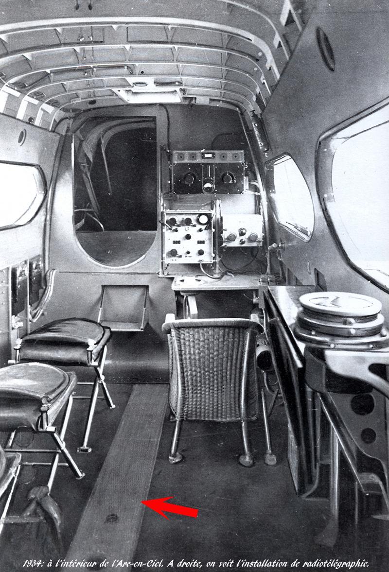 """Couzinet type 71 ARC-5 """"L'avion de Mermoz"""" (1:72, SEM model) - Page 2 Cabine14"""