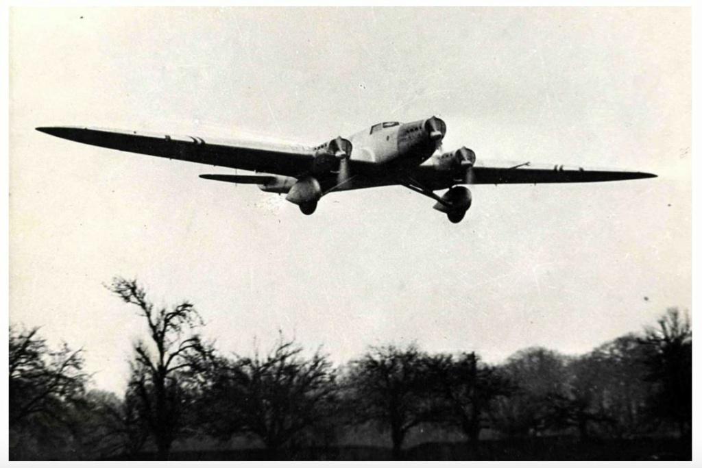 """Couzinet type 71 ARC-5 """"L'avion de Mermoz"""" (1:72, SEM model) Couzin25"""