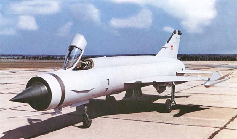 Mikoyan-Gourevitch E-152M  - Modelsvit #72030 - 1/72ème. - Page 4 E152m-11
