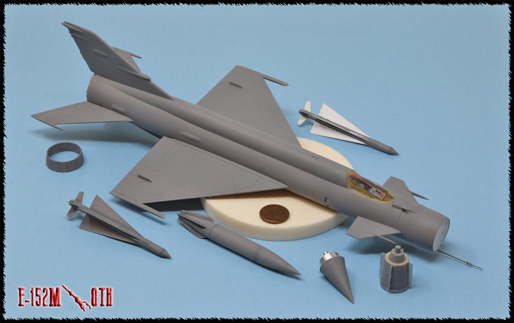 Mikoyan-Gourevitch E-152M  - Modelsvit #72030 - 1/72ème. - Page 2 Img_0827