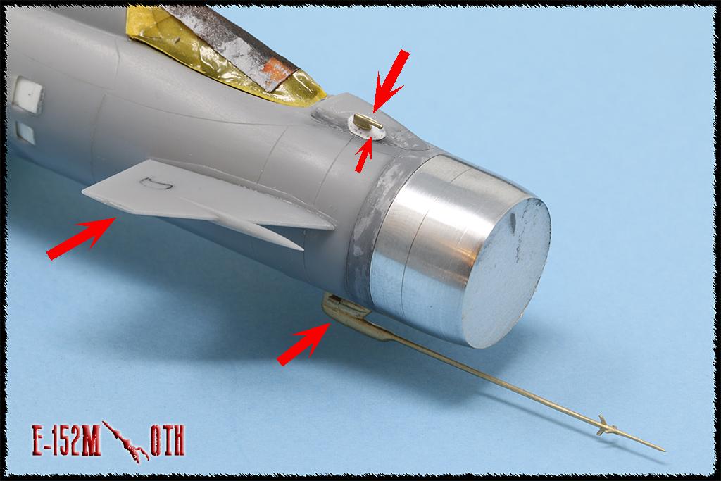 Mikoyan-Gourevitch E-152M  - Modelsvit #72030 - 1/72ème. - Page 2 Img_0828