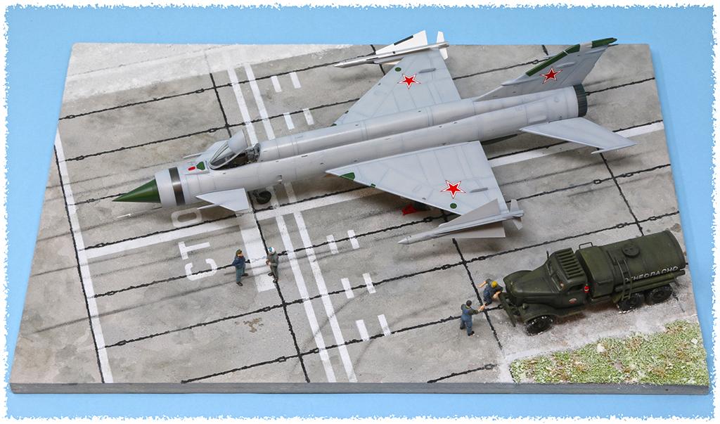 Mikoyan-Gourevitch E-152M  - Modelsvit #72030 - 1/72ème. - Page 4 Img_0913