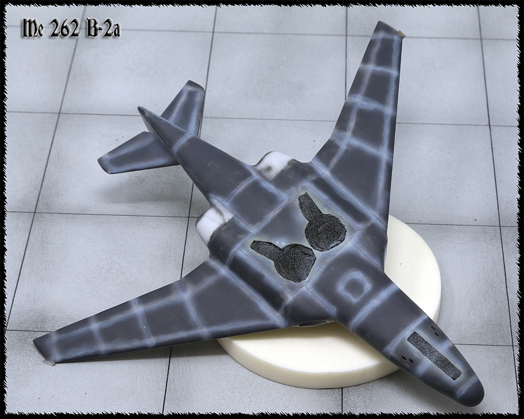 "Messerschmitt Me.262 B-2a ""Three-seat night fighter"" (Special Hobby #72006) - Page 2 Img_1017"