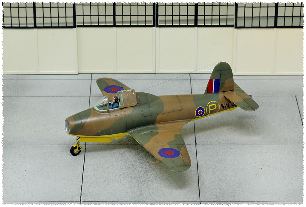 """Gloster E.28/39  """"Whittle"""" (1:72 High-Planes Models) - Page 2 Img_7823"""