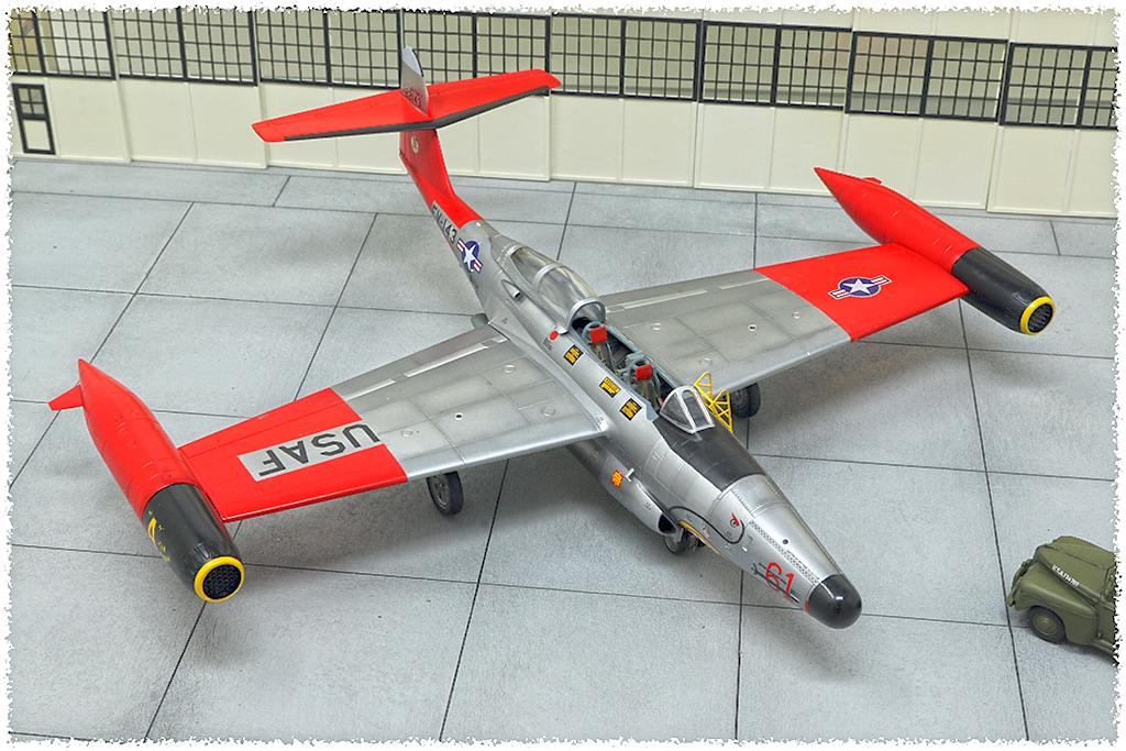 "Northrop F-89D ""Scorpion"" (1:72 - Academy) Img_7911"