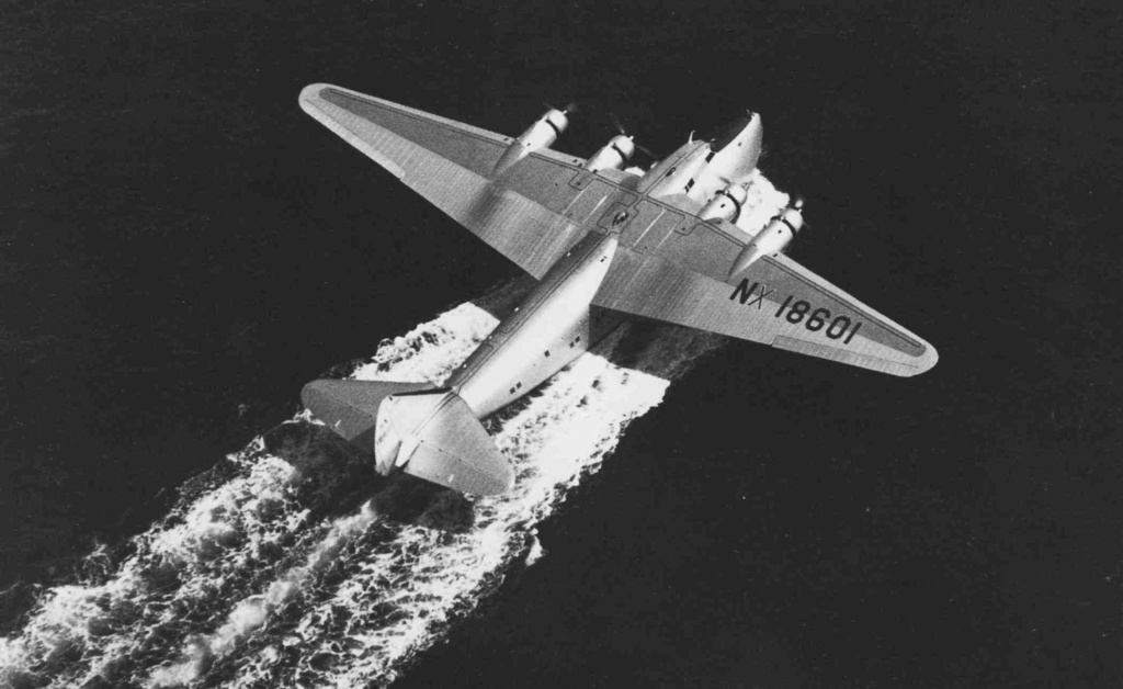 "Boeing 314 ""Honolulu Clipper"" - Page 4 Nc01-310"