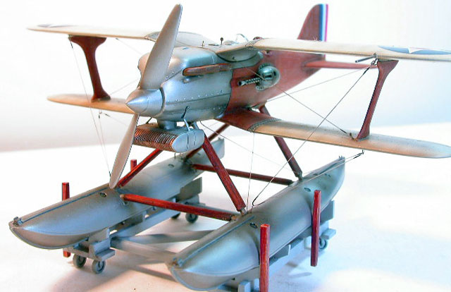 maquette du curtiss rc-3 R3corf10