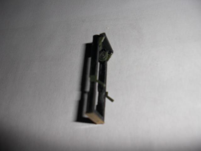 SALEV TT15 - SCRATCH 1/72 [MAJ 07/08/09] Monta122