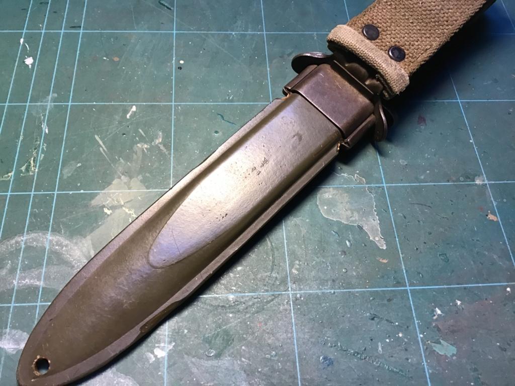 Le poignard USM3 - Page 11 B2ed2110
