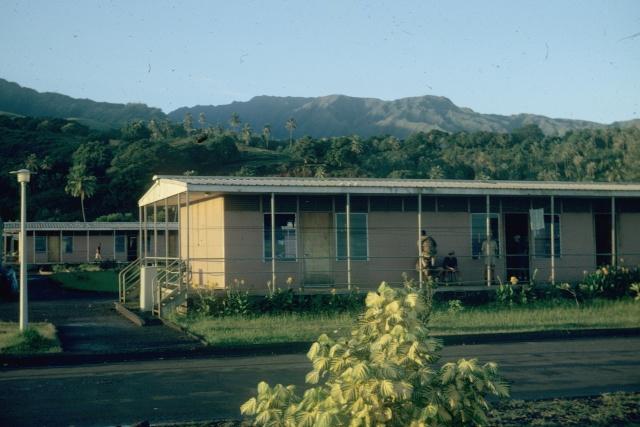 [Campagnes] Souvenirs de mon arrivée au camp d'Arué à Tahiti - Page 4 31710