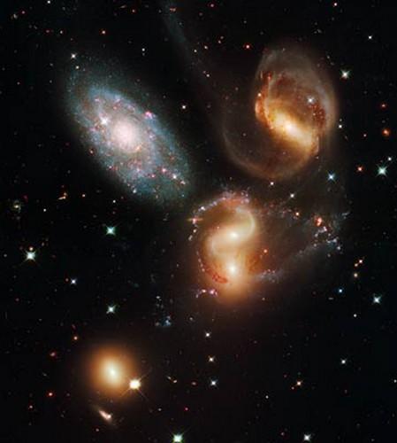 Hubble 26163_16